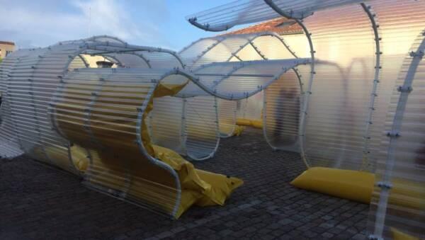 Placa Poliester Ondulado Traslucido Onduclair Gran Onda en proyecto Selgas Cano