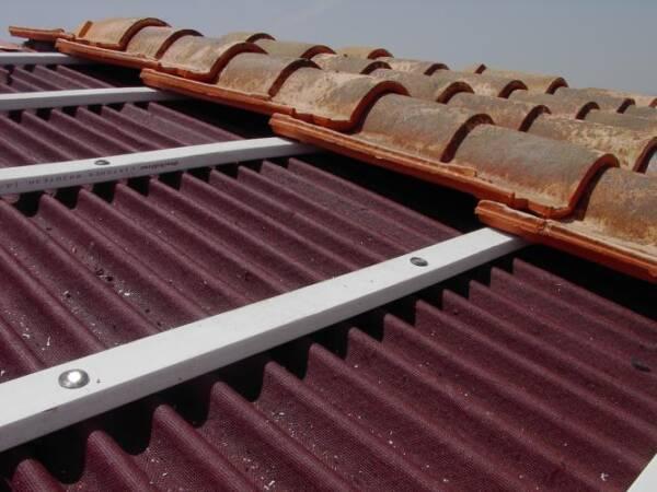 Listón PVC Onduline: detalle instalación teja mixta