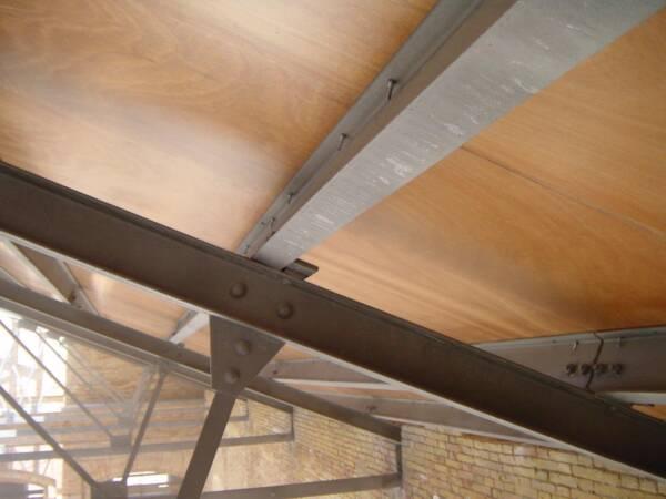 Tornillo Autorroscante: Fijación Panel Sándwich en Estructura Metálica 5