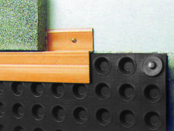 Remate superior Fondaline 500: lámina drenante para protección de muros