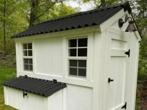 Cobertura techo gallinero de madera con placa EASYLINE negra